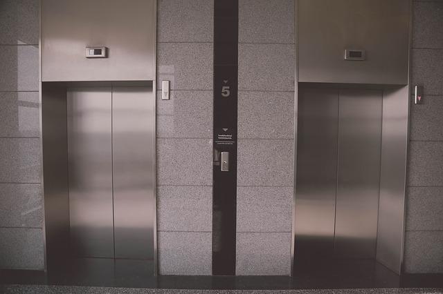 Realizzazione vano ascensore a servizio del centro di aggregazione sociale
